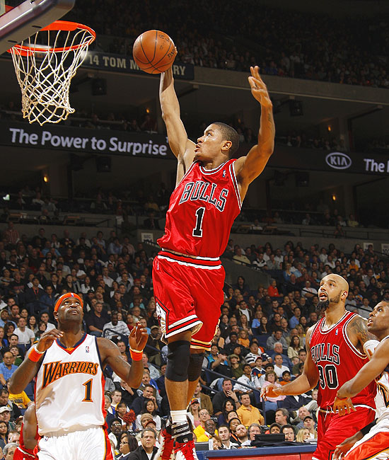 derrick rose dunks on knicks. derrick rose dunking. TheRick
